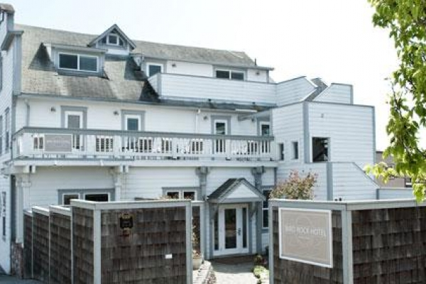 Stay at the Bird Rock Hotel in Friday Harbor