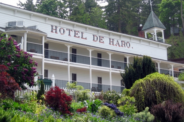 Roche Harbor Resort - Historic resort and sea side village.